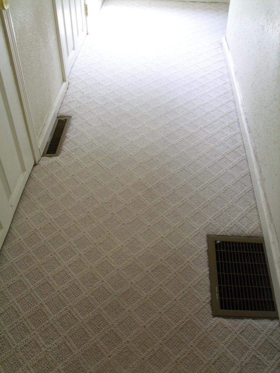 Same hallway after Heaven's Best Carpet Cleaning